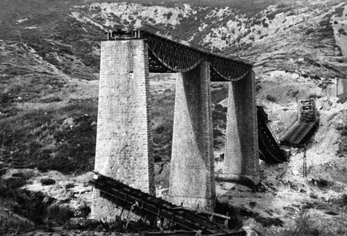 The Gorgopotamos railway bridge destroyed by the german troops during the evacuation of Greece, October 1944. Private collection George Chandrinos